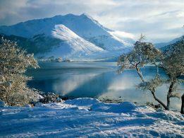 montagne-lago-innevato-1024x768